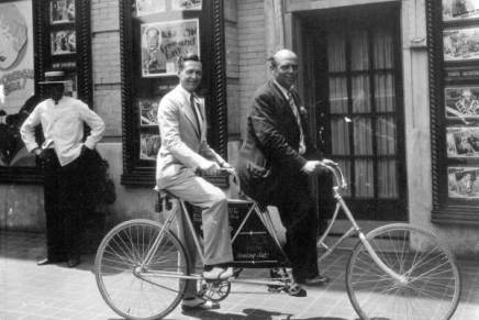 Bicycles: 1930s Footage